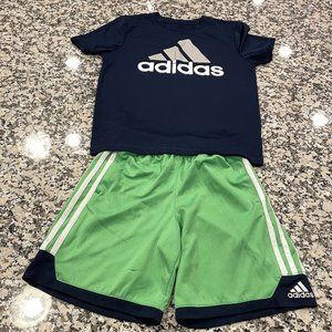 Boys Adidas Short Sleeve Climate Top. Size Small